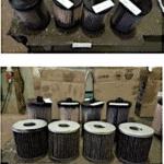 Plusieurs filtres à carburant remplis de boues et de plaques de diesel